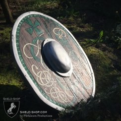 Celtic-Oval-side
