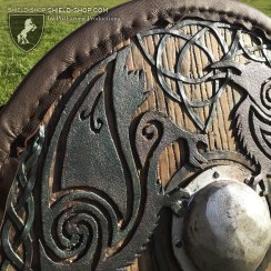 Celtic-raven-II-detail