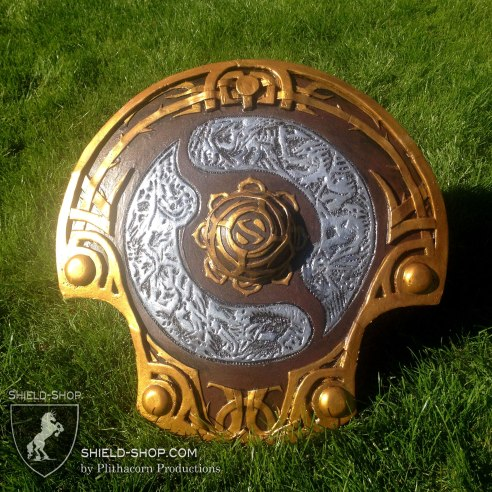"DOTA2 special request ""Aegis of Champions"" replica prize disc"