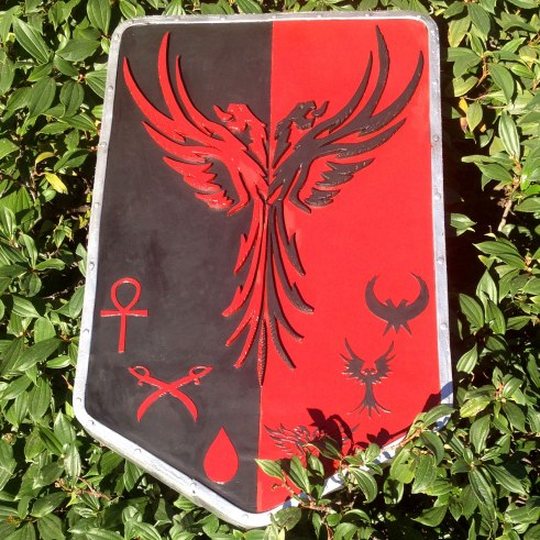Elite Blood Falcon Tower/Heater Shield for Belegarth