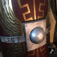 Roman-Scutum-II-Shield-Shop-close-up