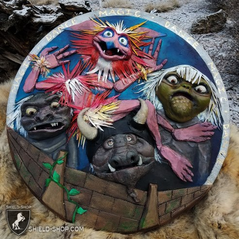 Labyrinth-shield-shop-fan-art
